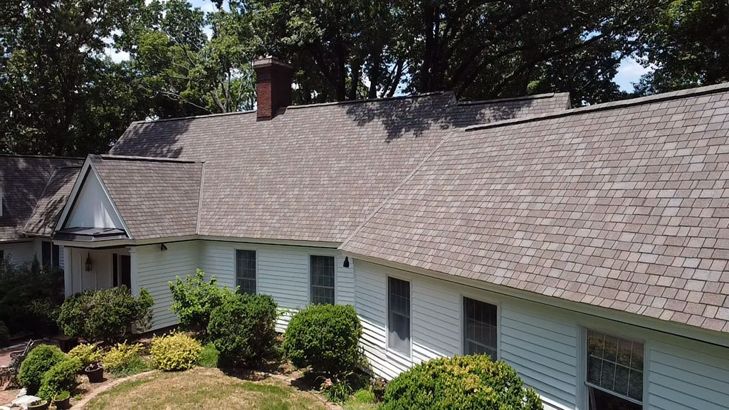 Huntsville, AL shingle roof replacement by RCRS roofing company.
